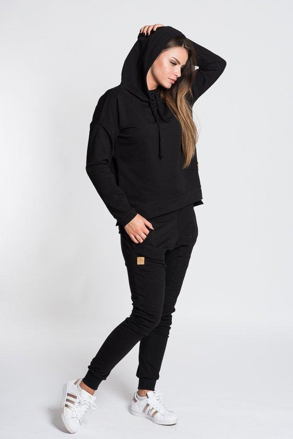 d7cfb8f33687 Dámske tričká a mikiny   Dámska mikina bez potlače s kapucňou - čierna