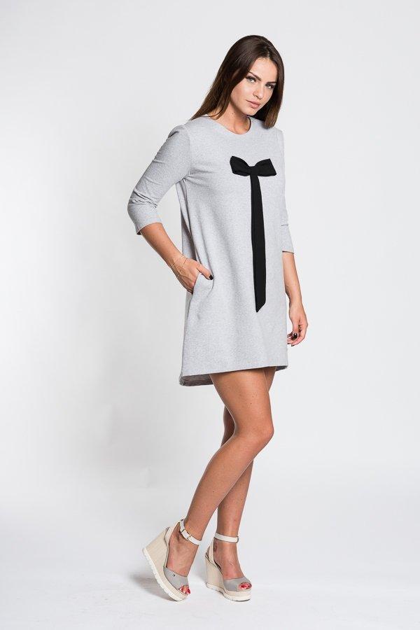 a551b67c69fe Romantické dámske šaty s mašľou - svetlo sivé