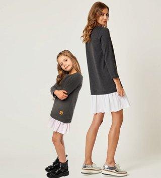 f5614b4e5dfd Set štýlové voľnočasové šaty mama a dcéra Be happy - Tmavosivé